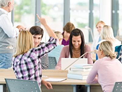 Bursele private – solutia ideala pentru studenti