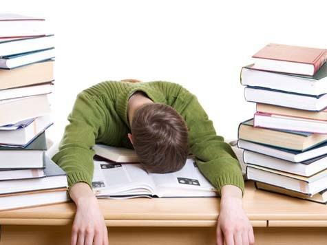 Sfaturi pentru a te organiza mai bine in perioada examenelor