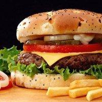 Studentia si fast food-ul