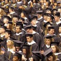 Cum sta Romania in lume ca numar de absolventi?